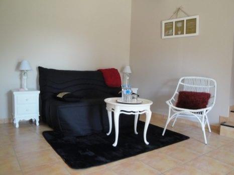 Sofa Chambre d'hôte en Aveyron, la longère de Cabanes