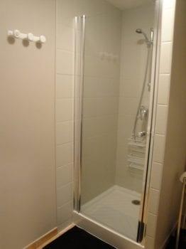 Salle de bain Chambre d'hôte en Aveyron, la longère de Caba